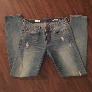 Gap always skinny distressed light wash jeans